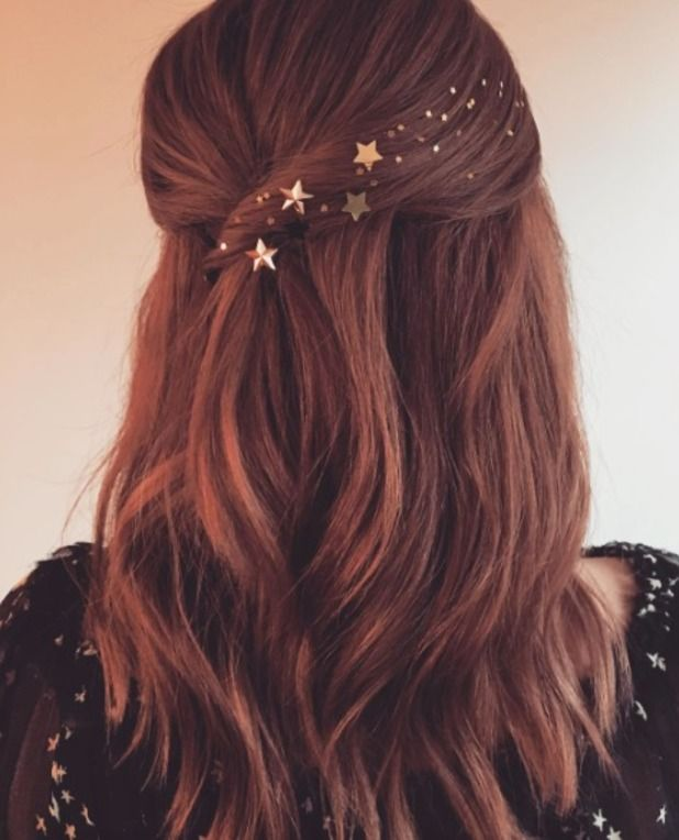 Simple Hairstyle For Wedding Dinner: Holiday Hairstyles, Hair Inspiration