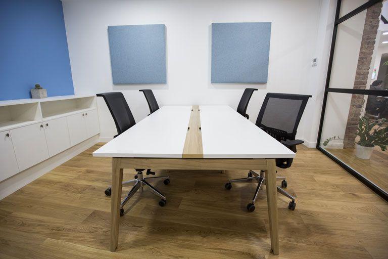 Espace de travail moderne pour la start up Cardiologs, par Factory ...