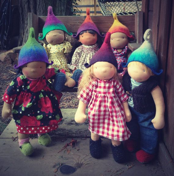 Cute little gnome/elf hats for dolls | Waldorf Puppen, Stoffpuppen ...