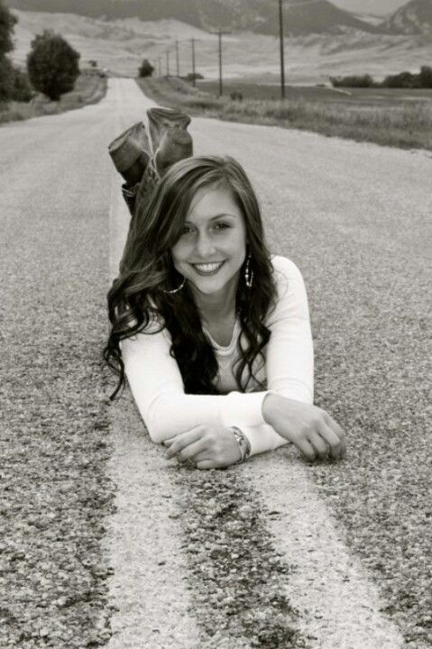 Senior pic ideas for Thing 1! | Senior year pictures ...