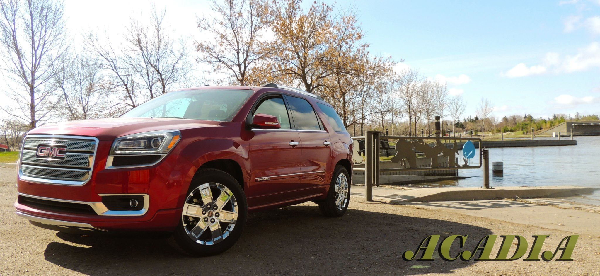 The Gmc Acadia Stands Out With Its New And Amazing 2013 Body Style