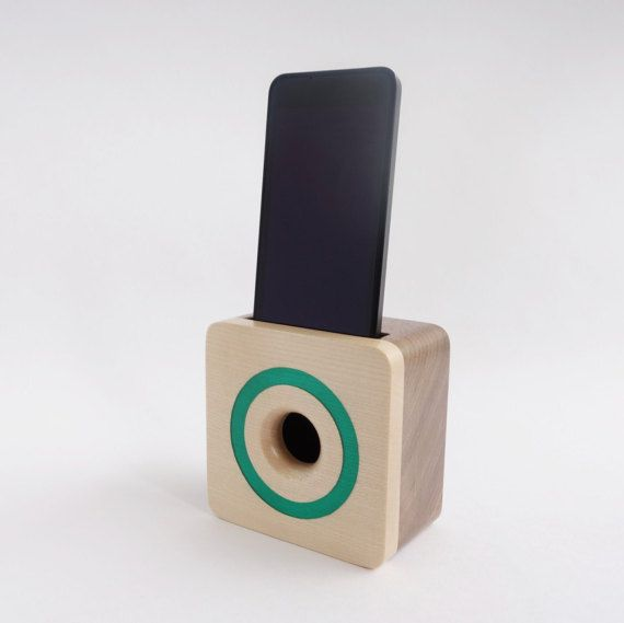 Iphone 6 Acoustic Speaker Box Made From Walnut Wood