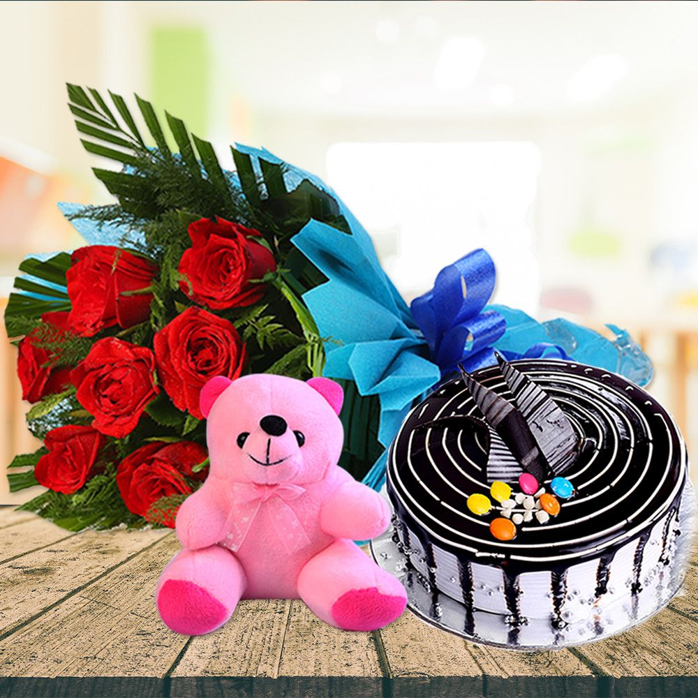 Express Your Immense Love With Aromatic Flowers And Delicious Cakes