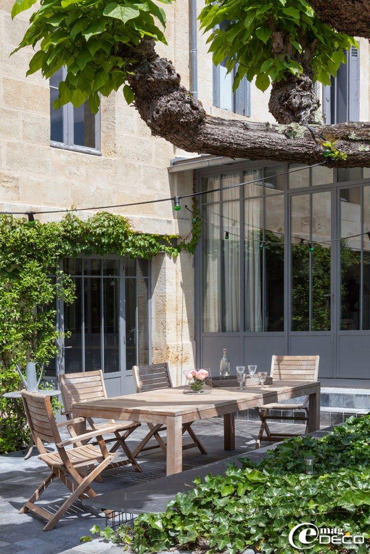Verrières \'Atelier de Steel\' à Bordeaux, salon de jardin en teck ...