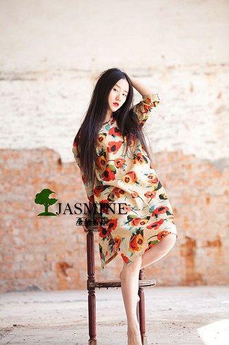 Pankou floral dress Fabric: cotton double Color: grey size Bust: 115 cm Shoulder breadth: 41 cm 58 cm sleeve length: Length: 82 cm Manual measurement error about 3 cm   Is suitable for the ms height