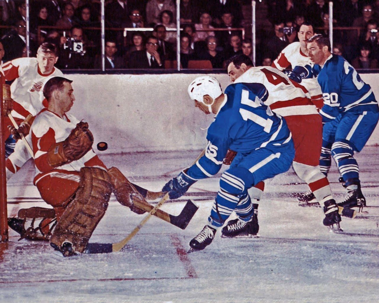 Red Wings (with Roger Crozier in goal) vs Toronto Maple