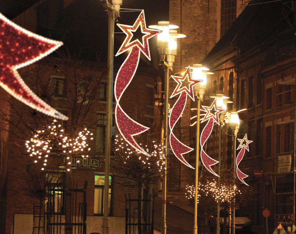 christmasdecorationsforcitypoles dekra lite commercial christmas lights and displays lit with c7c9