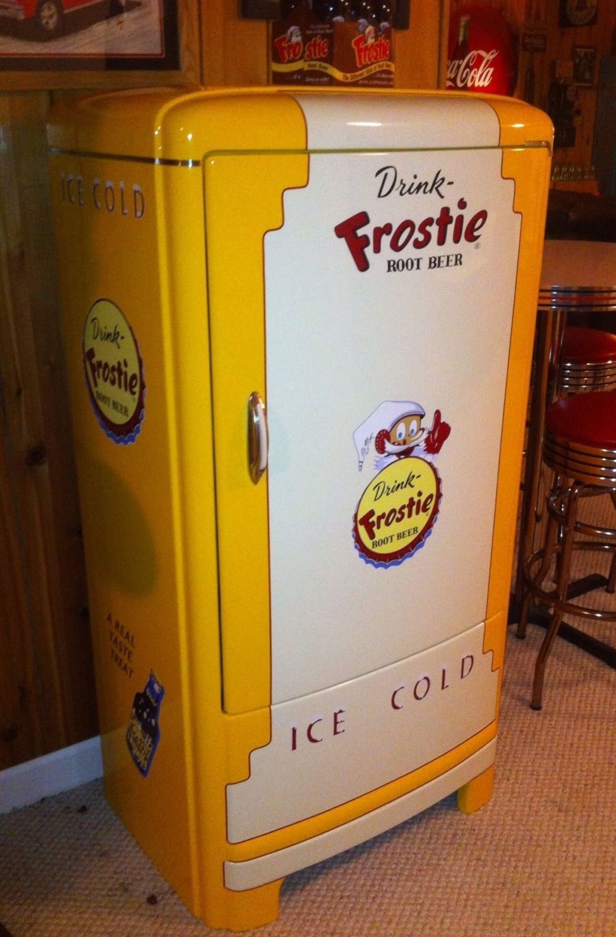 Frostie Rootbeer Vintage Refrigerator Now This Would Put