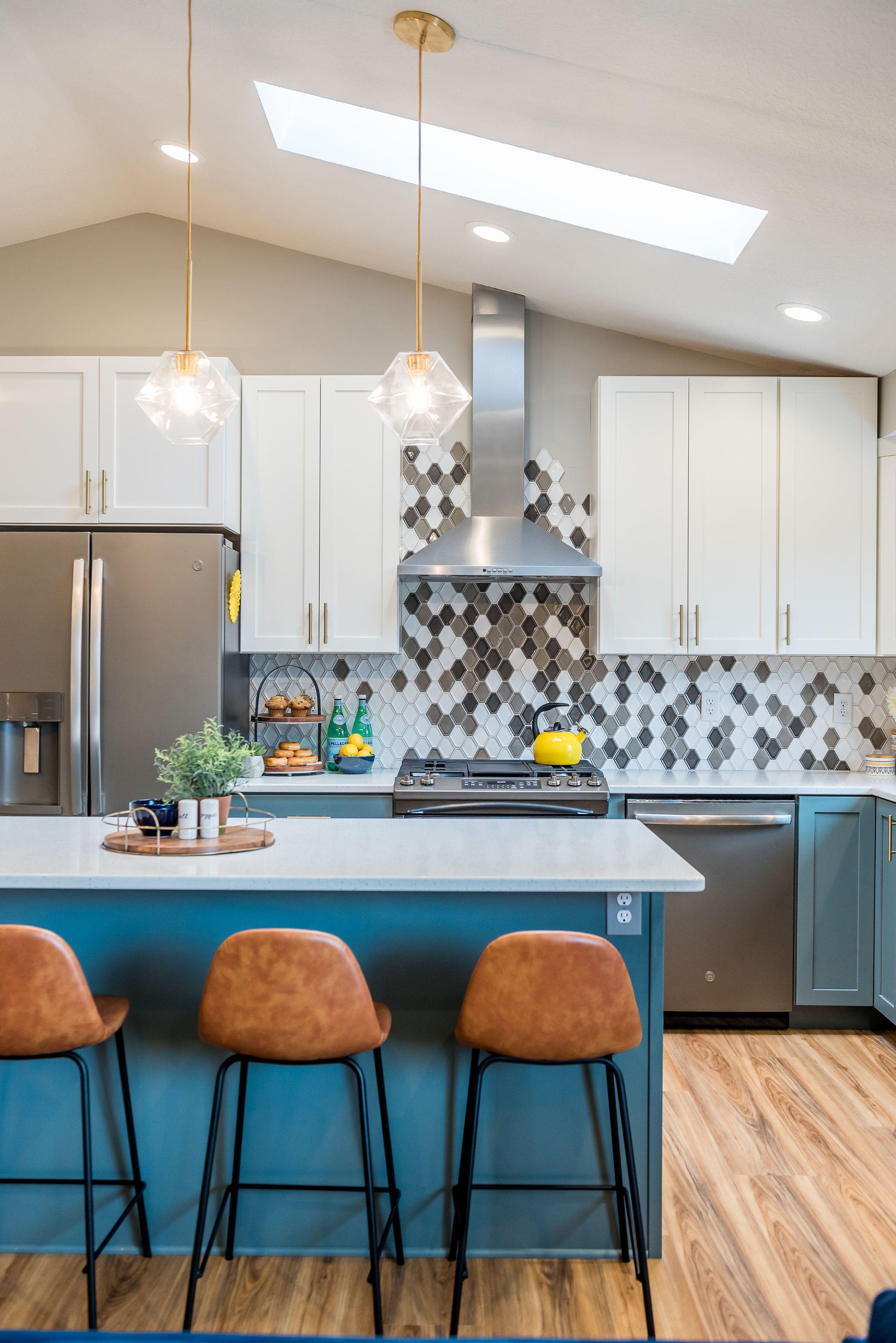 mid century modern style kitchen tiles design kitchen trends small kitchen redo on kitchen decor trends id=64291
