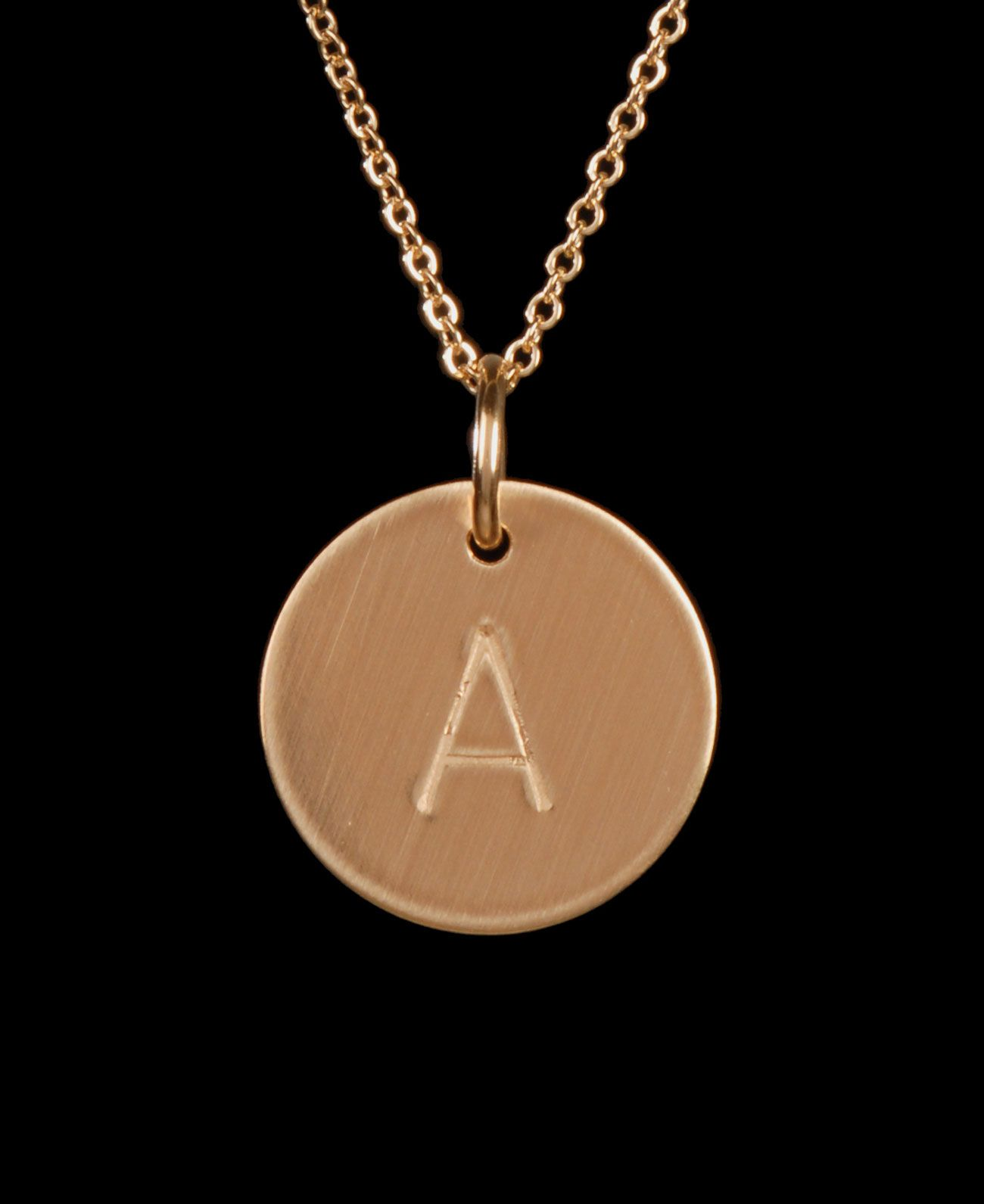 Nashelle J Initial Disc Necklace Charm Gold Q3cipQ