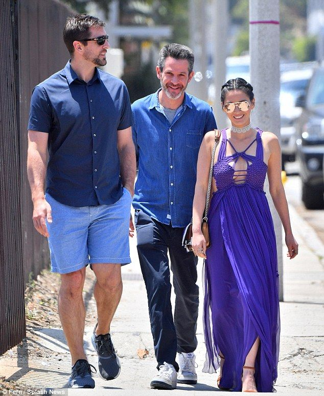 Aaron Rodgers Went To Better Memorial Day Party Than You Total Packers Purple Maxi Dress Olivia Munn Boyfriend Star Fashion