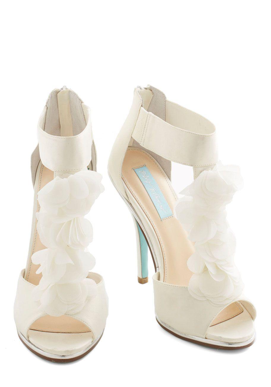 betsey johnson wedding shoes Betsey Johnson Prelude to Pulchritude Heel Mod Retro Vintage Heels ModCloth com