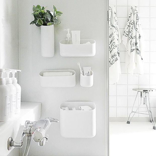 目指せ ホテルみたいなバスルームの作り方 浴室 収納 モノトーン インテリア 浴室 棚
