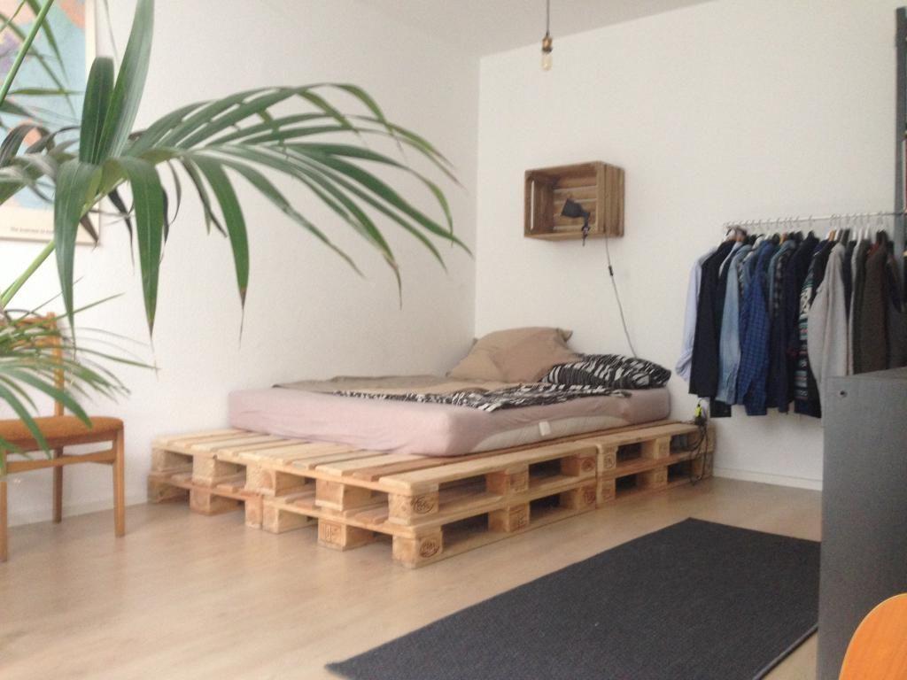 DIY Bett Aus Europaletten   Einfach, Praktisch Und Mit Der Richtigen  Matratze Sehr Bequem