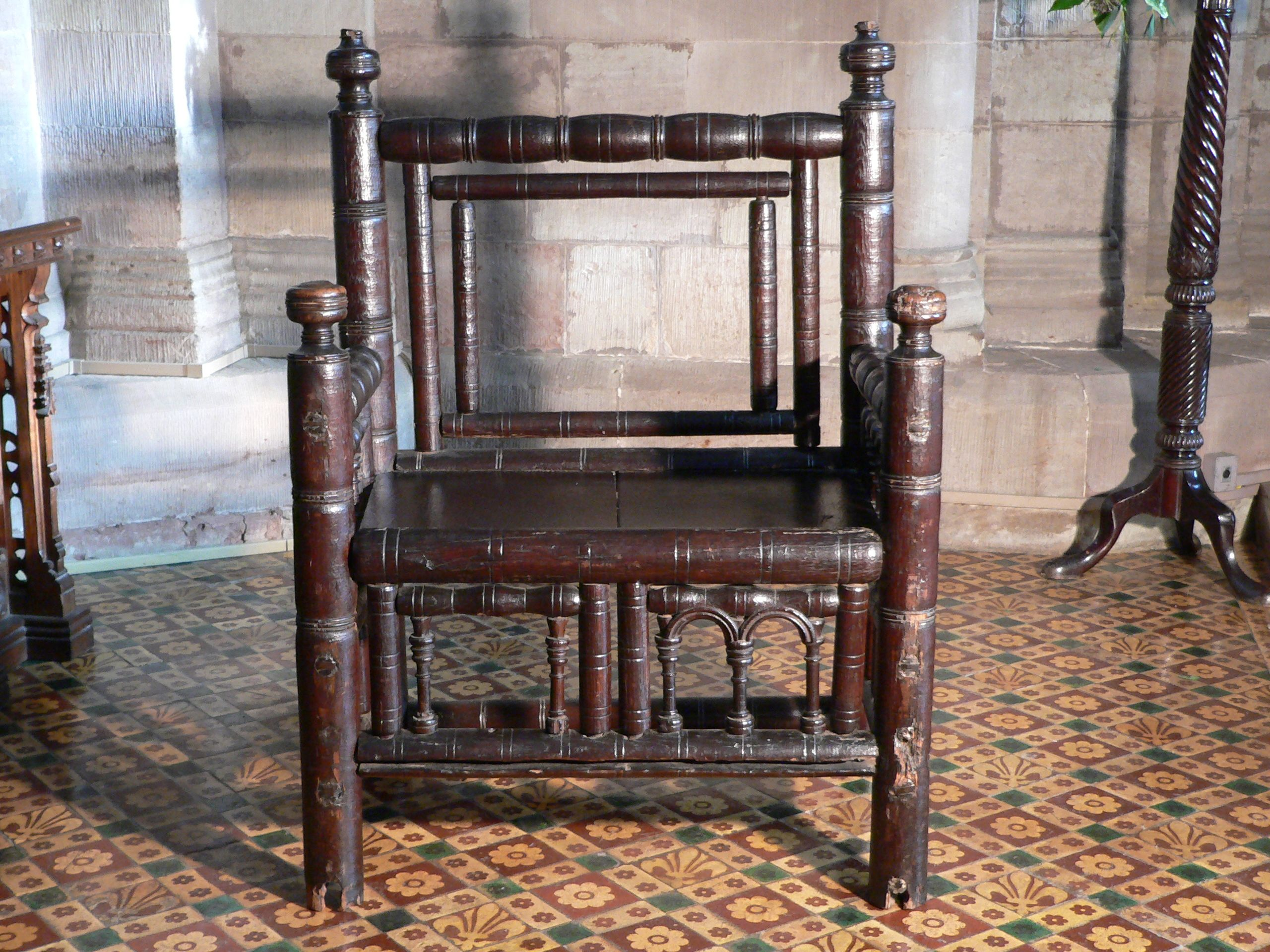 me val chair Gothic furniture Pinterest