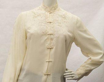 eba67b65 80's Vintage DA FU GUI Blouse- Women's, Long Sleeve, Cream, Lace, Button  Down, High Neckline, 100% Silk, Hand Embroidered, Size 32/S, V70117 - Edit  Listing ...
