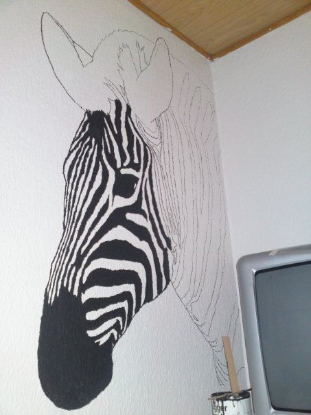 DIY zebra Wall paint Sienu gleznojumi Pinterest Walls Room
