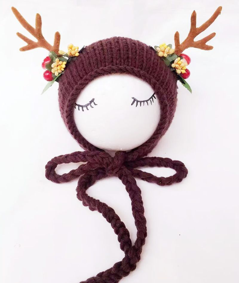 reindeer christmas bonnet suitable for babies 0 3 months available in 2 colors