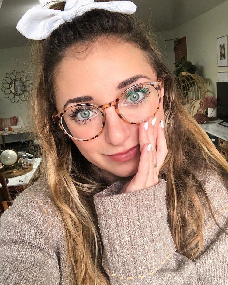 Brooklyn And Bailey Brooklynandbailey Instagram Photos And Videos Brooklyn And Bailey Brooklyn Mcknight Girls With Glasses
