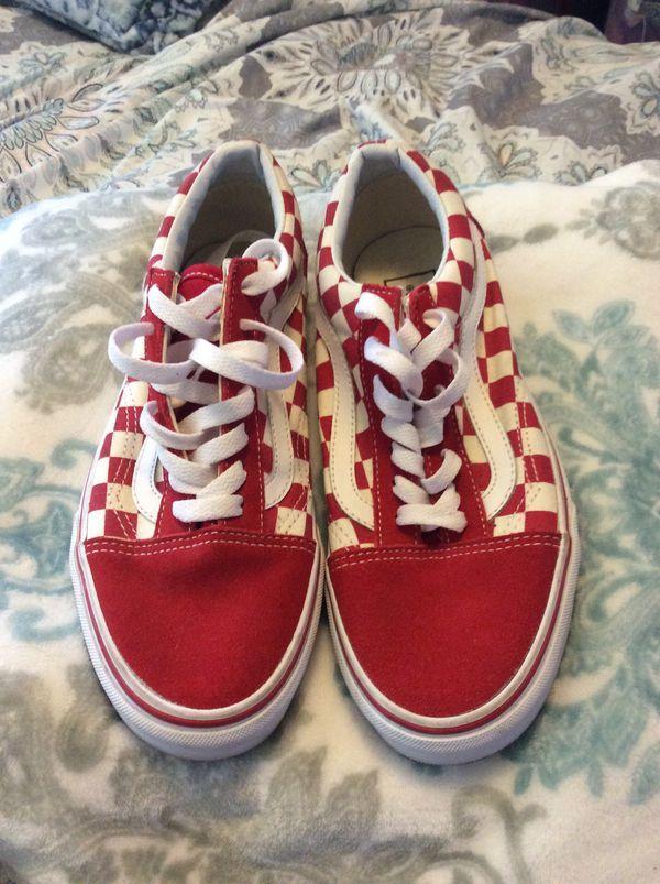Vans Old School Red White For Sale In Los Angeles Ca Offerup Vans Red And White Old School