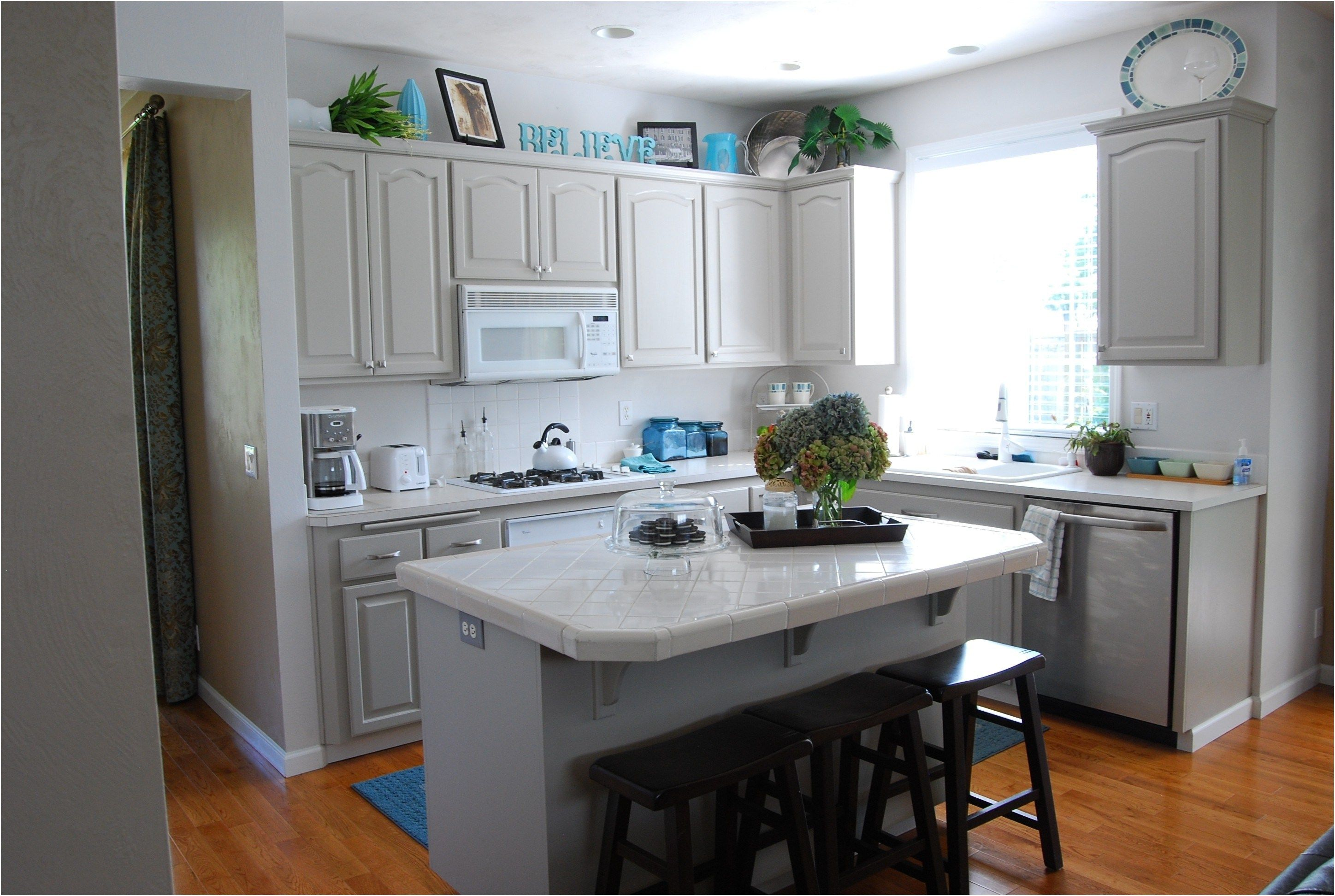 kitchen cabinet color ideas with white appliances finest modern from what color kitchen cabinets on kitchen cabinet color ideas id=49466