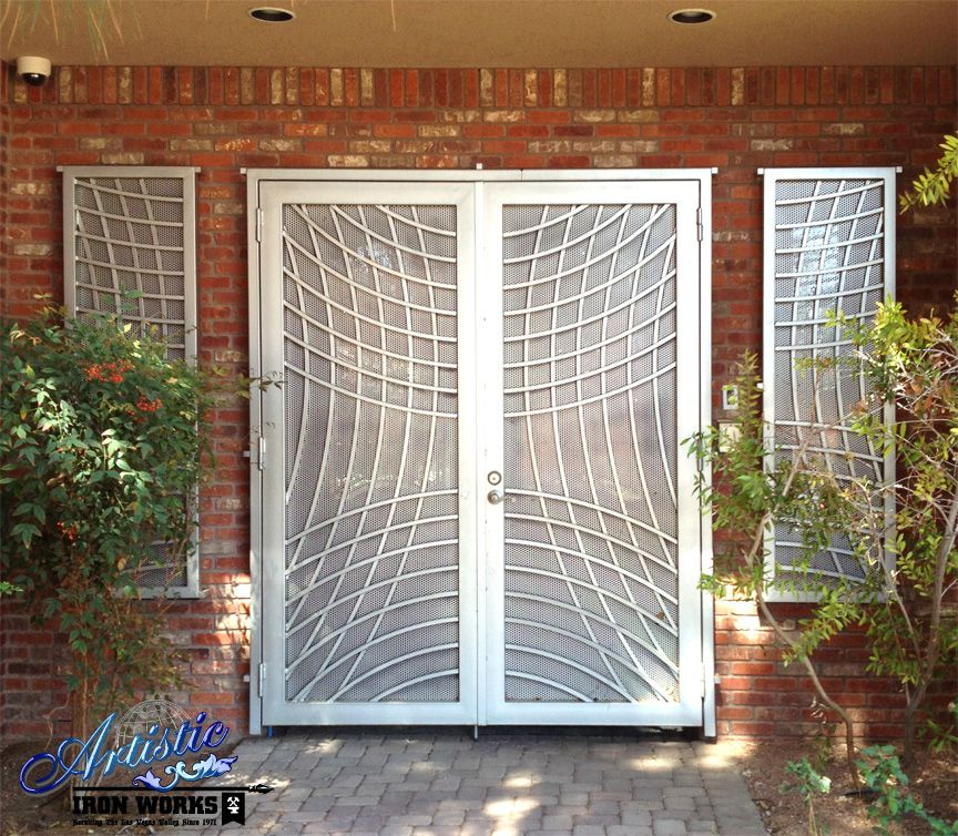 Wrought Iron Double Security Door With Matching Window Guards Arte Em Metal Fachada Portas