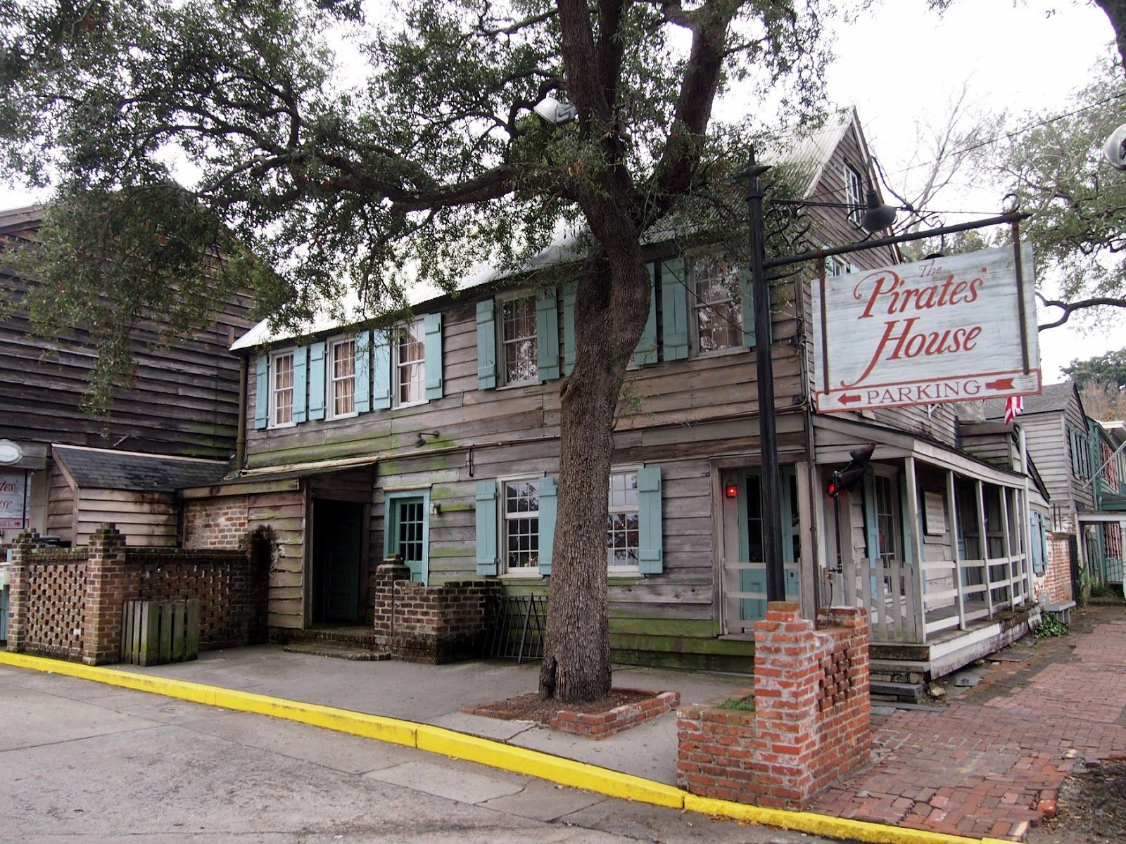 The Pirates House Restaurant 20 East Broad St Savannah Ga 31401