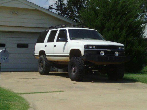Holy cow  | Chevy Tahoe OBS 1995-2000 | Chevy trucks, Chevy