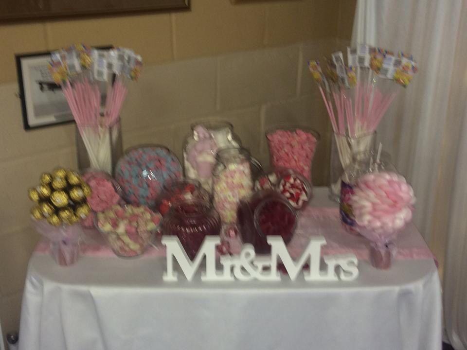 Pink sweetie table by Elegance By Kelly in Hemel Hempstead £75
