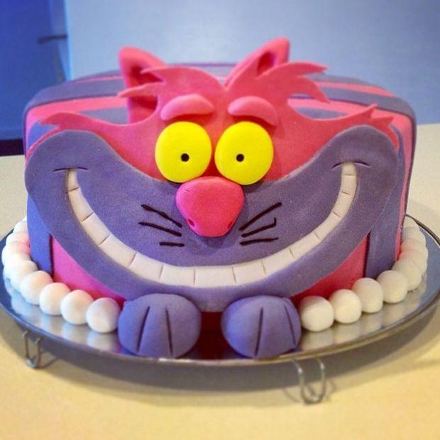 cheshire cat alice in wonderland cake design bakery Alice in
