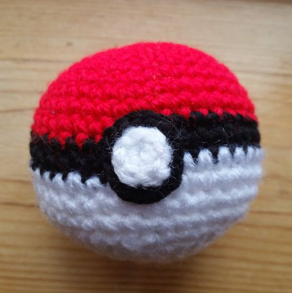 Crochet Pokeball: Amigurumi Pokemon plush ball! Pokemon Go, Soft ...