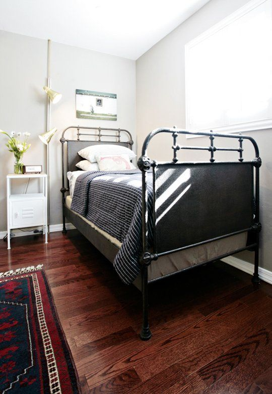 Beautiful And Tidy Trundle Bed Arrangement For A 1 Apartment Or Studio Therapy