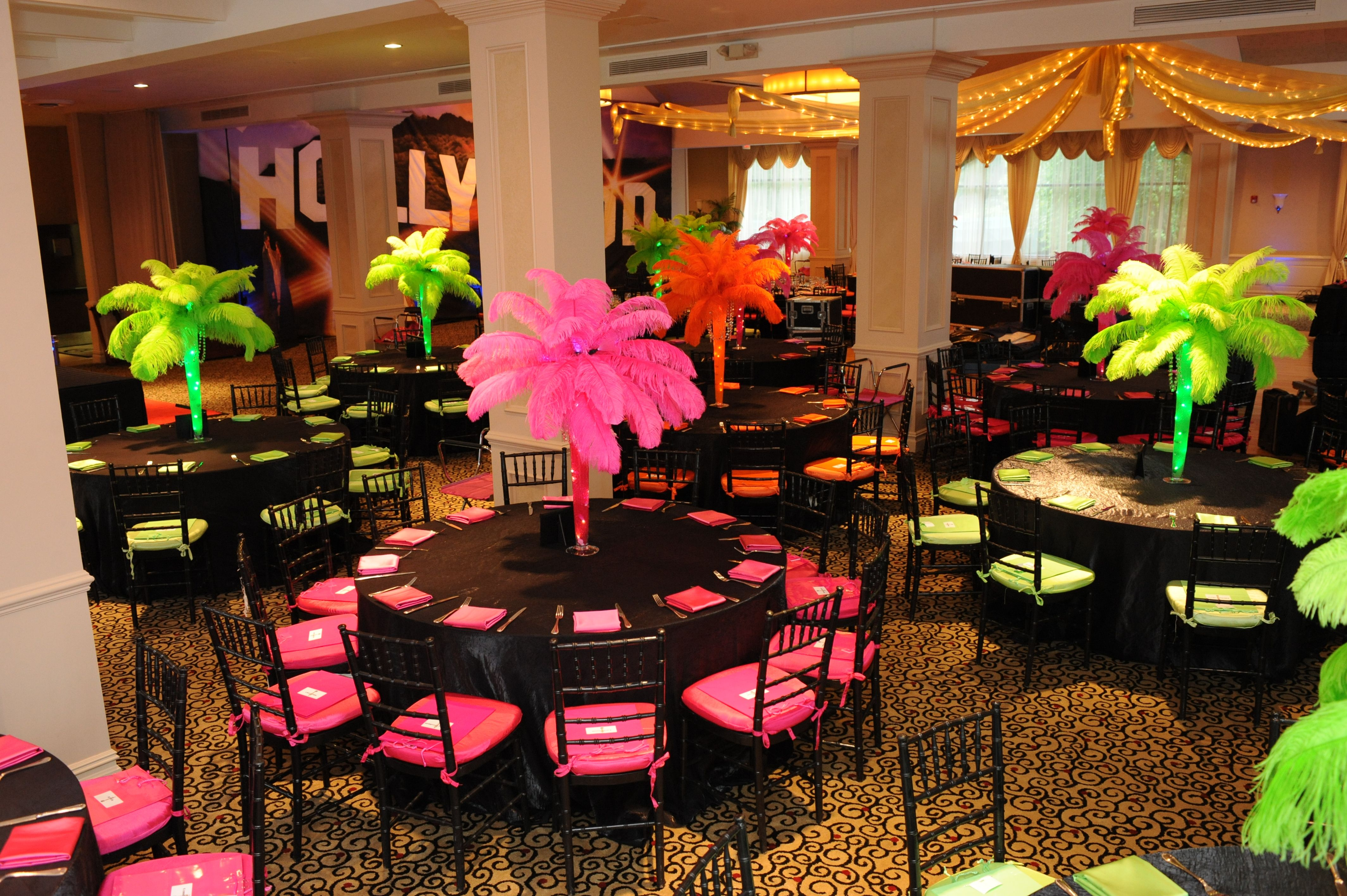 hollywood themed party room - Hollywood Party Decorations
