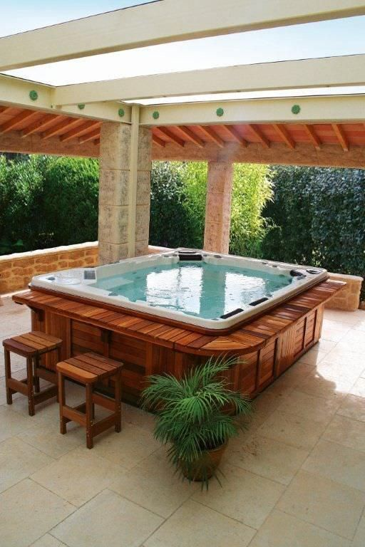 Portable Hot Tub Square 10 Seater H1038 Clair Azur With