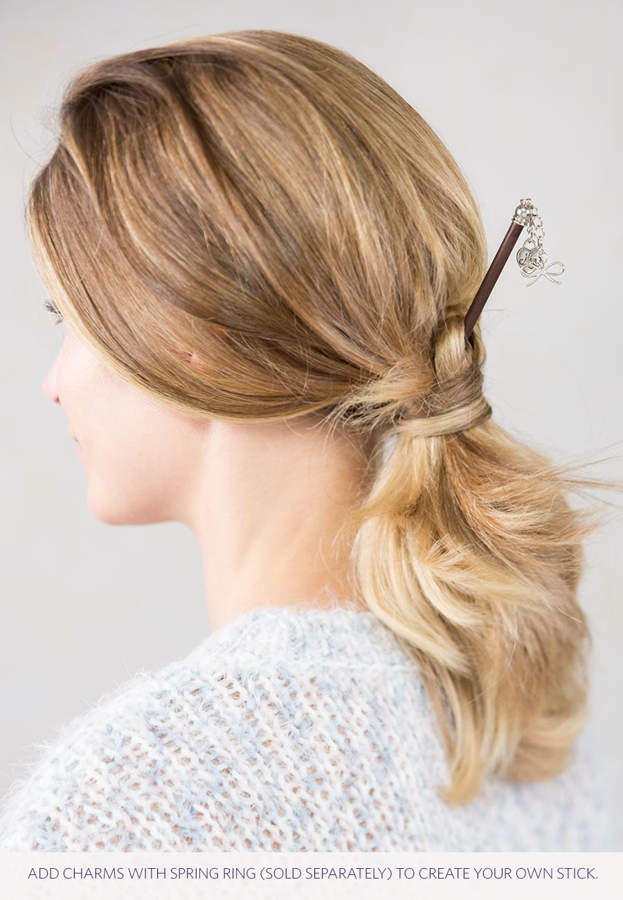Beautiful ponytail hairstyle! New take on an old favorite. A ...