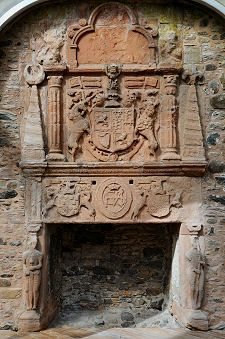 castle fireplaces | Huntly Castle Feature Page on Undiscovered Scotland