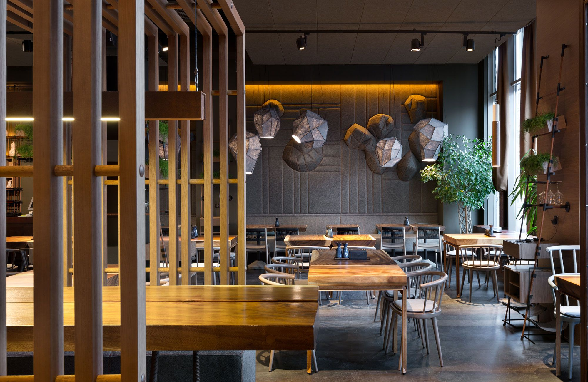 EAST+/+restaurant | ideias thinking | Pinterest | East restaurant ...