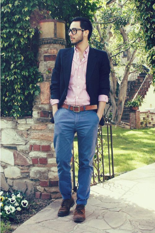 These mid-blue chinos are the colour of jeans and, as a result, demonstrate all the ways that the two styles of trousers differ. Jeans tend to grip the leg and have a shape all of their own, while chinos are made from softer material and carry the smoother line of trousers.