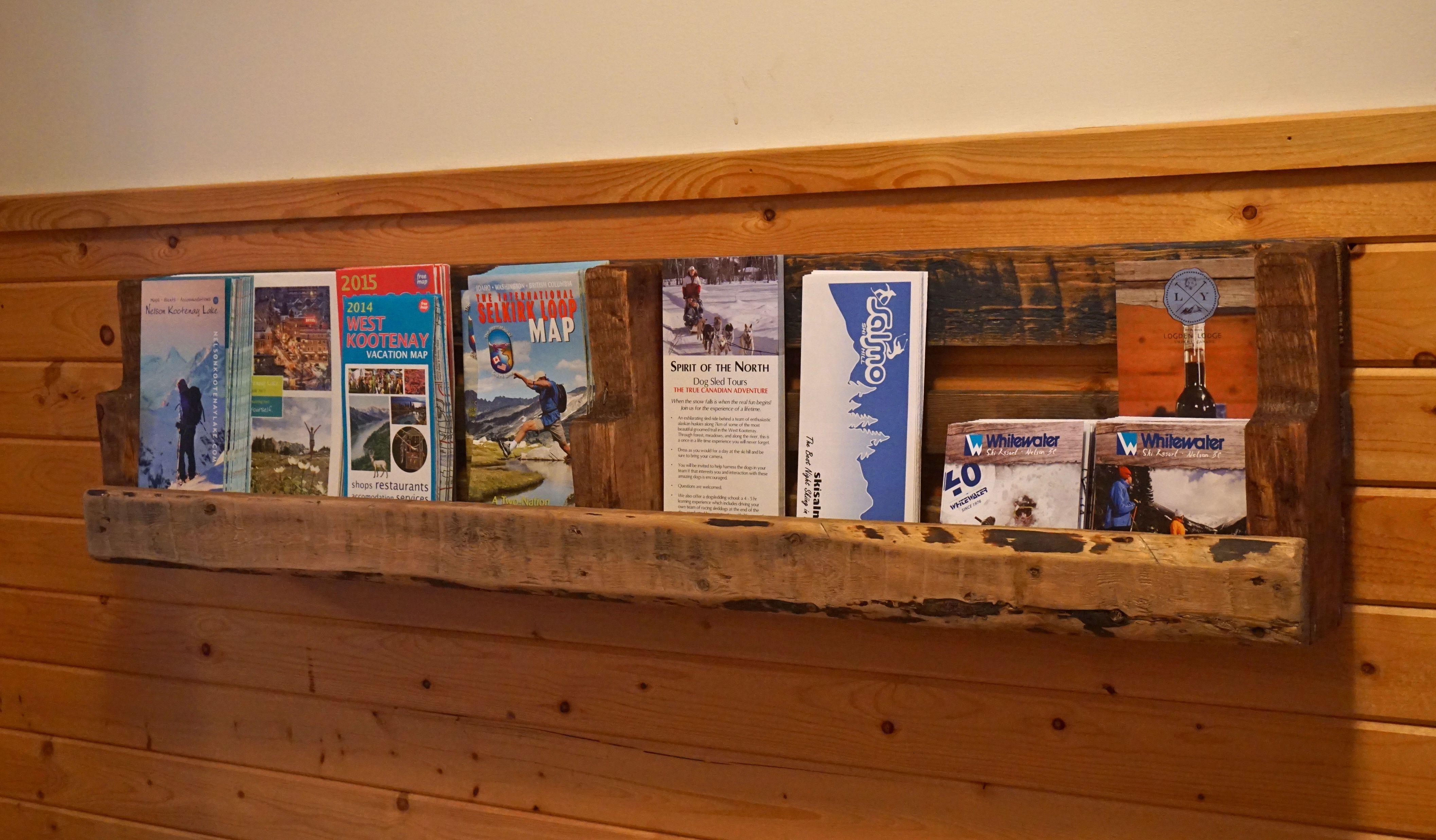 rotating white antique wall kvissle port stand uk newspaper wooden ikea desk holder mount magazine decorationrotating decoration pe pamphlet hanger mounted full brochure rack s