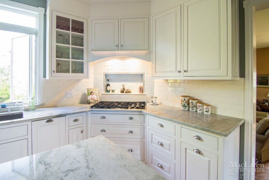 Inviting Kitchen For People Pets Too Wayne Pa Stainless Kitchen Kitchen Kitchen And Bath