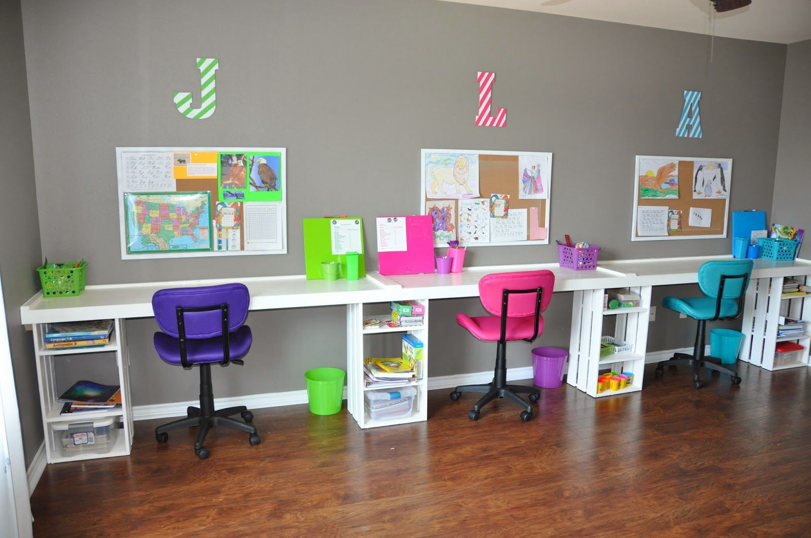 Best 25 desk for kids ideas on pinterest art desk for for Homeschool dining room ideas