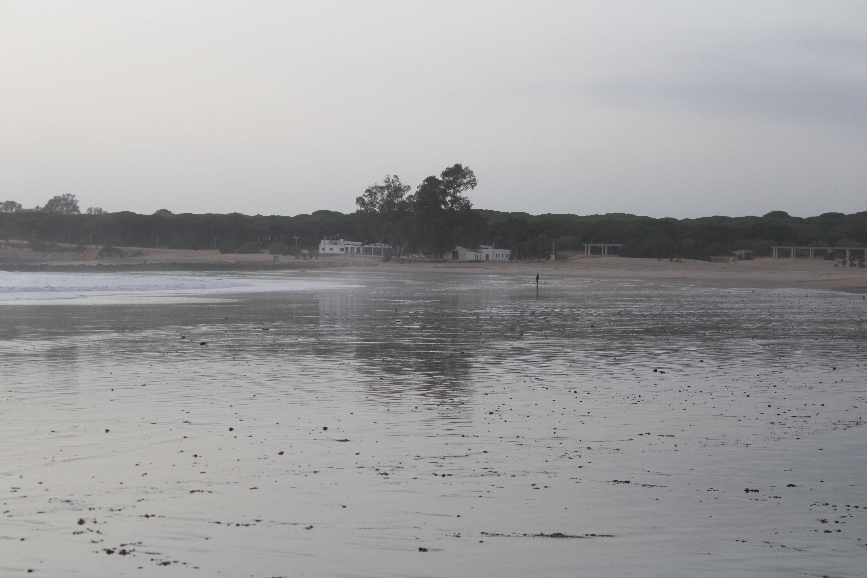 paisajes de la playa de la puntilla en El Puerto de Santa María