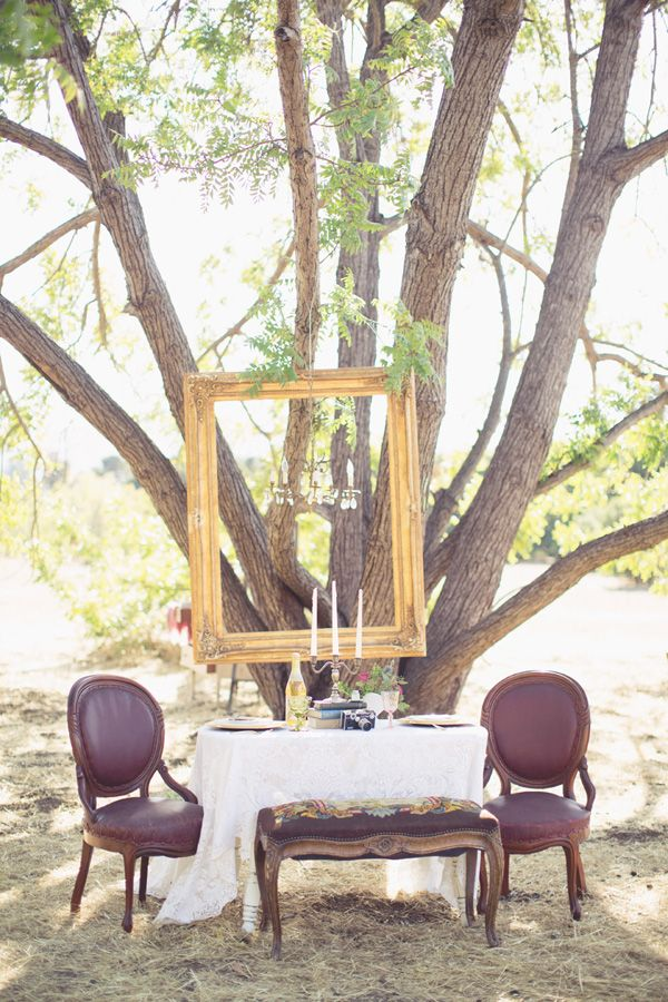 vintage dinner for two wedding reception inspiration #vintagewedding #weddingdecor #weddingchicks http://www.weddingchicks.com/2014/02/24/very-vintage-wedding-ideas/