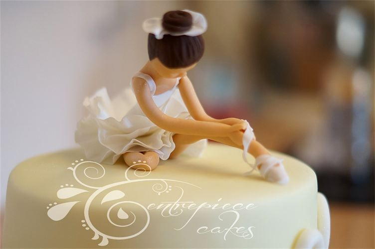 Ballet Soirée Ballerina Cake From Centerpiece Cakes - Ballet birthday cake