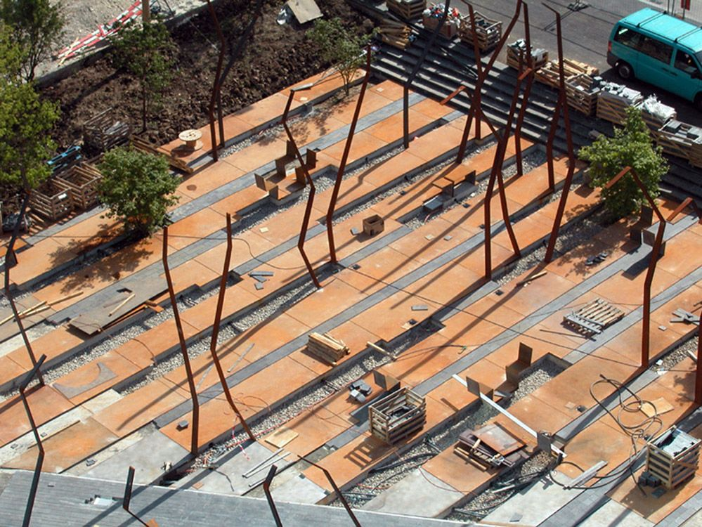 Floorworks by agence ter landscape architecture 10 for Bc landscape architects