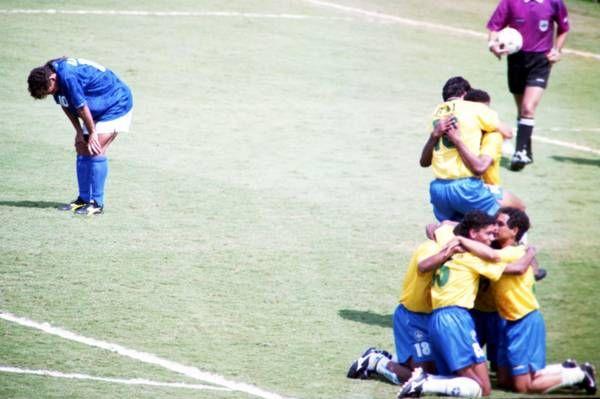 Quando a sbagliare sono i miti del calcio - Intervista a Baggio: 'Sbaglia chi ha il coraggio di tirare'