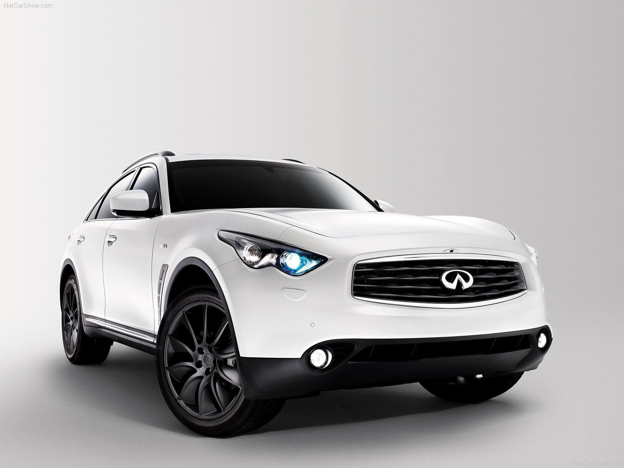 New 2017 infiniti qx70 redesign http newestsportscars com new 2017 infiniti qx70 redesign cars release date pinterest luxury cars