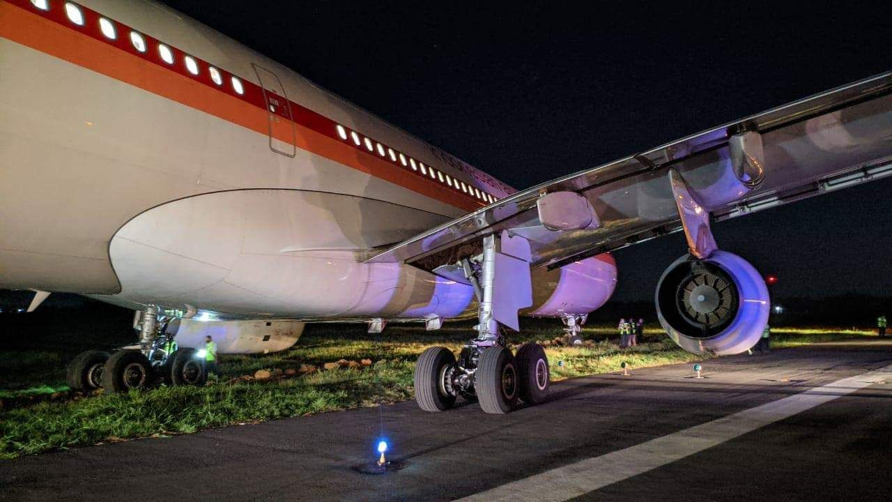 Pin by Tom Dechat on Landing gear in 2020 Airbus