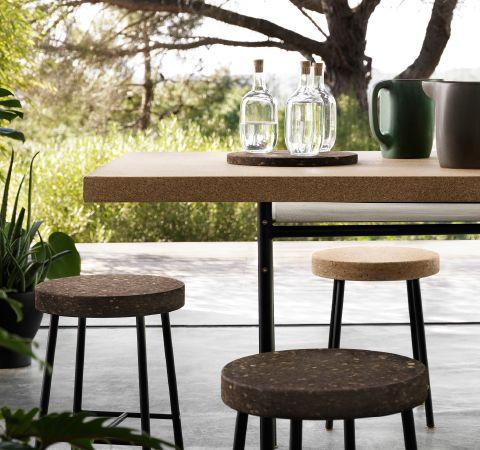 Tavolino Per Mangiare A Letto Ikea.Articoli Per La Tavola E Mobili In Sughero Ikea Tavolino Da