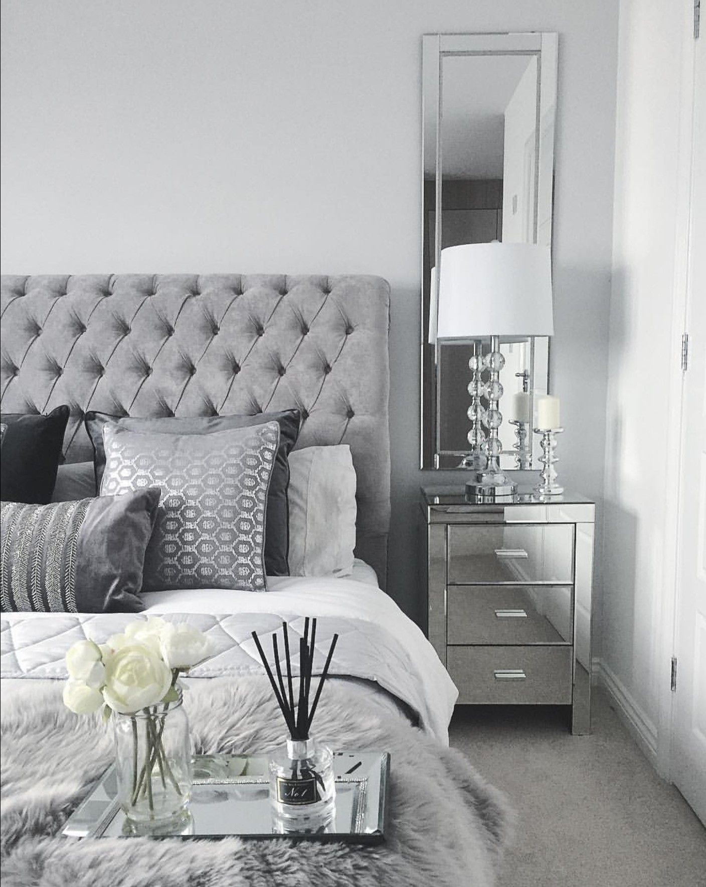 Grey bedroom inspo. Grey interior bedroom. Silver mirror side